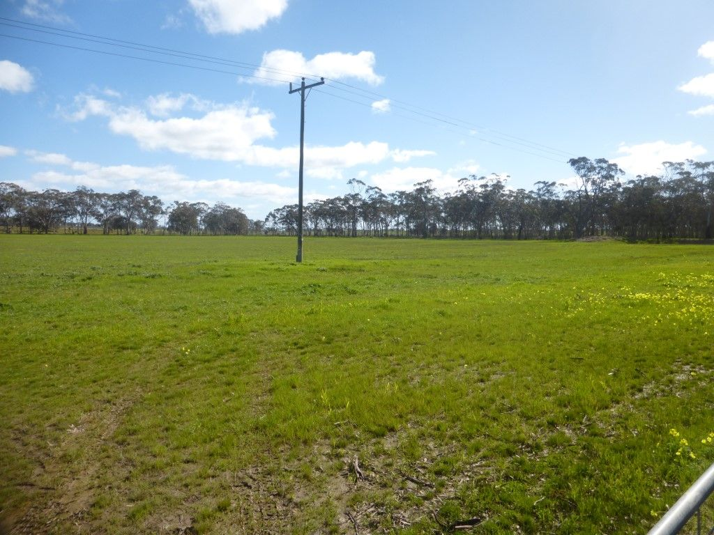 C/A 12F 8076 Donald-Stawell Road, Stawell VIC 3380, Image 1