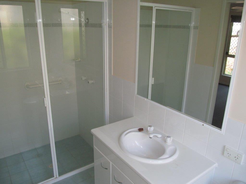 7 Denika Ct, Mudgeeraba QLD 4213, Image 2