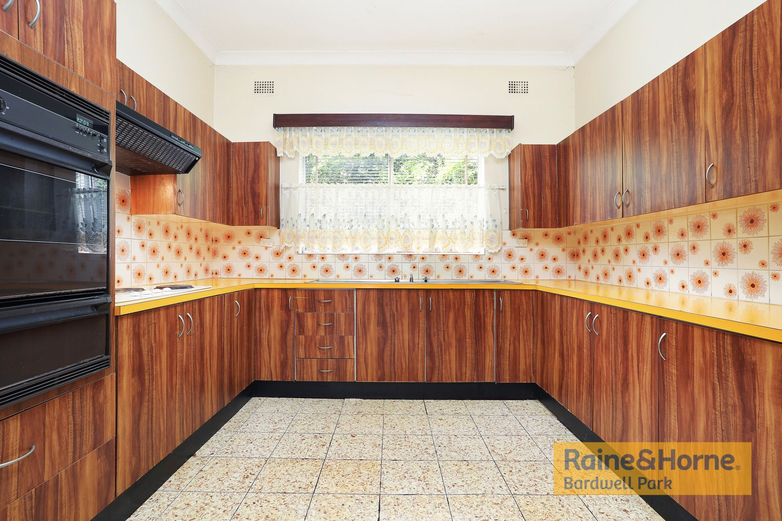 6 Scahill Street, Campsie NSW 2194, Image 1