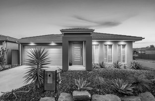 Picture of 33 Barossa Drive, Clyde North VIC 3978