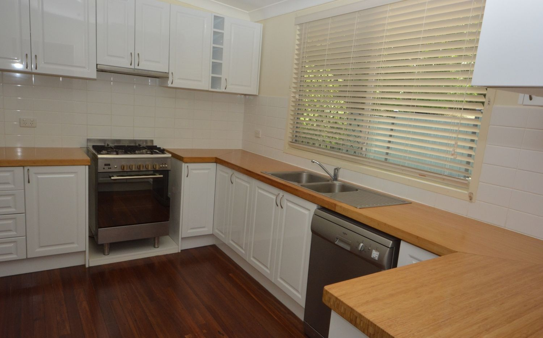 16 Considine Street, The Range QLD 4700, Image 2