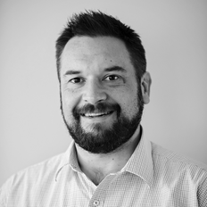 Angus McKimm, Sales representative