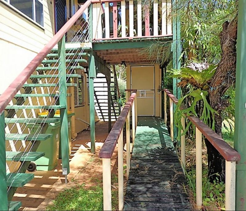 7 Naples Drive, Russell Island QLD 4184, Image 2