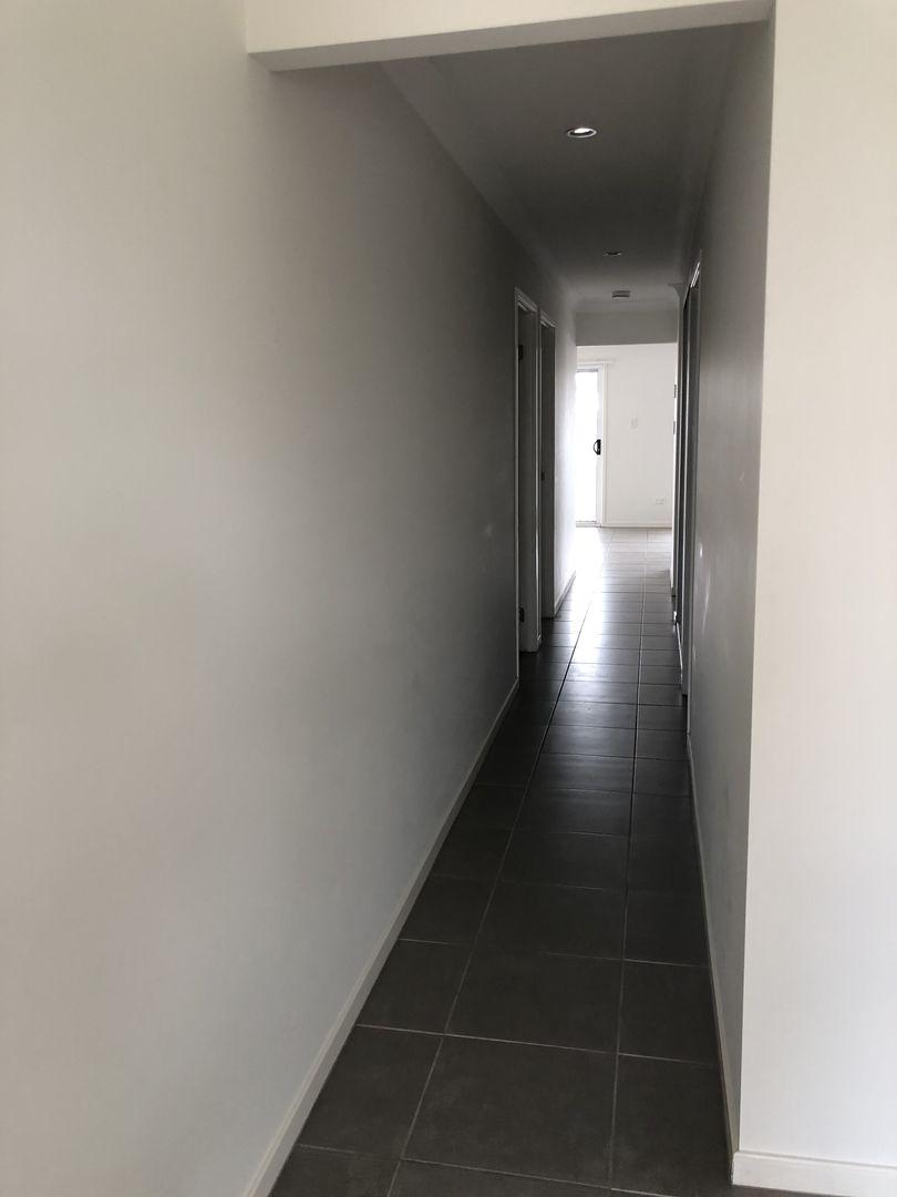 7 Bowerbird Street, Deebing Heights QLD 4306, Image 2