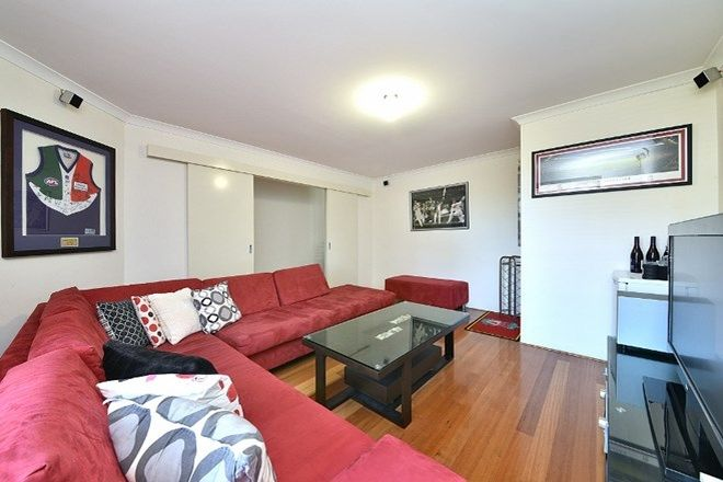 Picture of 23 Shiralee Bend, CARRAMAR WA 6031