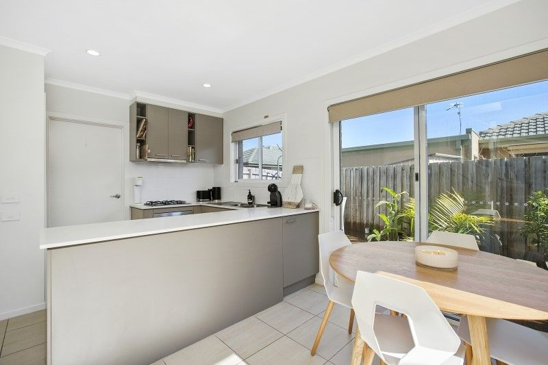 9/102A Country Club Drive, Safety Beach VIC 3936, Image 2