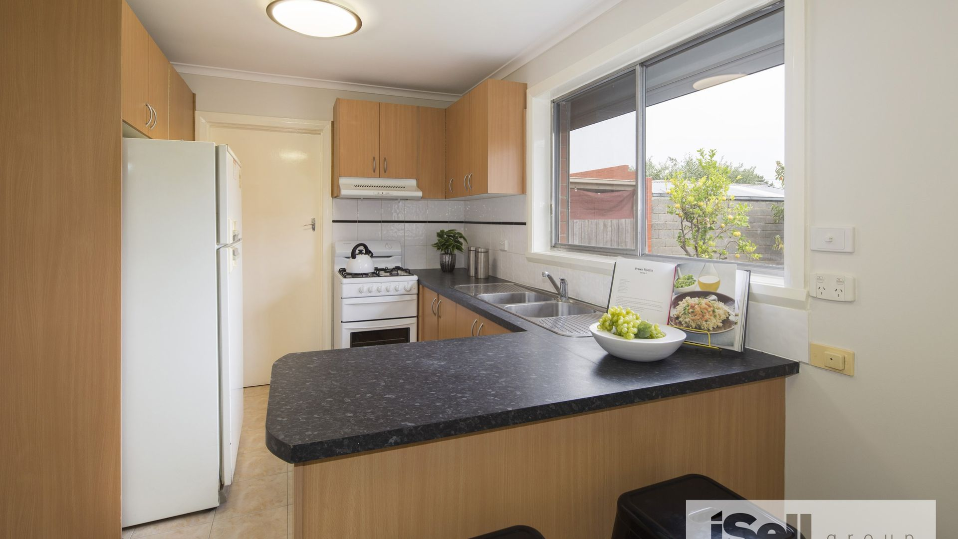 73 Sylvander Street, Clayton South VIC 3169, Image 2