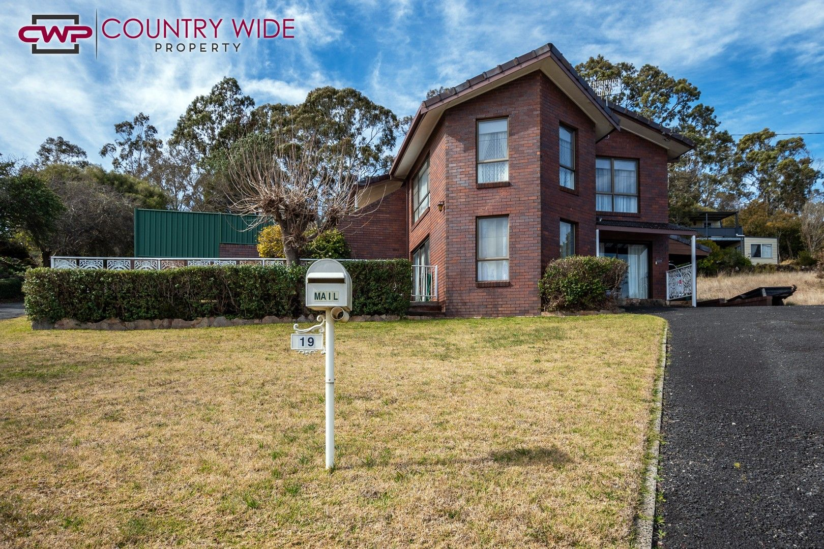 19 Bates Avenue, Glen Innes NSW 2370, Image 0