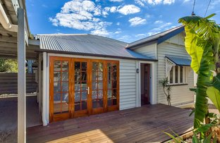 Picture of 12 Eighth Avenue, Coorparoo QLD 4151
