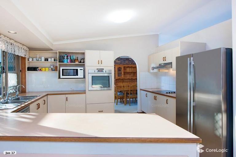 8 Brushwood Court, Buderim QLD 4556, Image 2