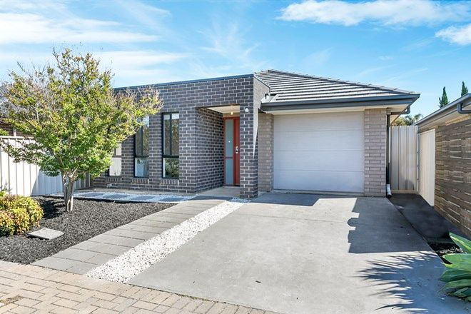 Picture of 25 School Oval Drive, CHRISTIE DOWNS SA 5164