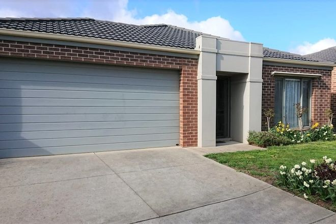 Picture of 3 Calloway Close, MINERS REST VIC 3352