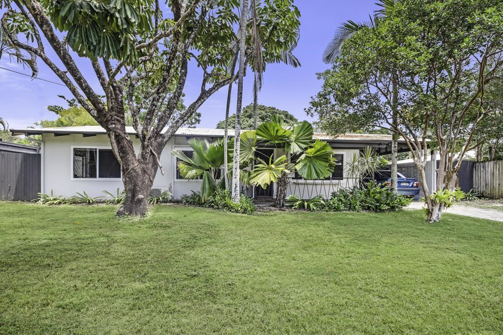 5 Cassava Street, Holloways Beach QLD 4878, Image 0