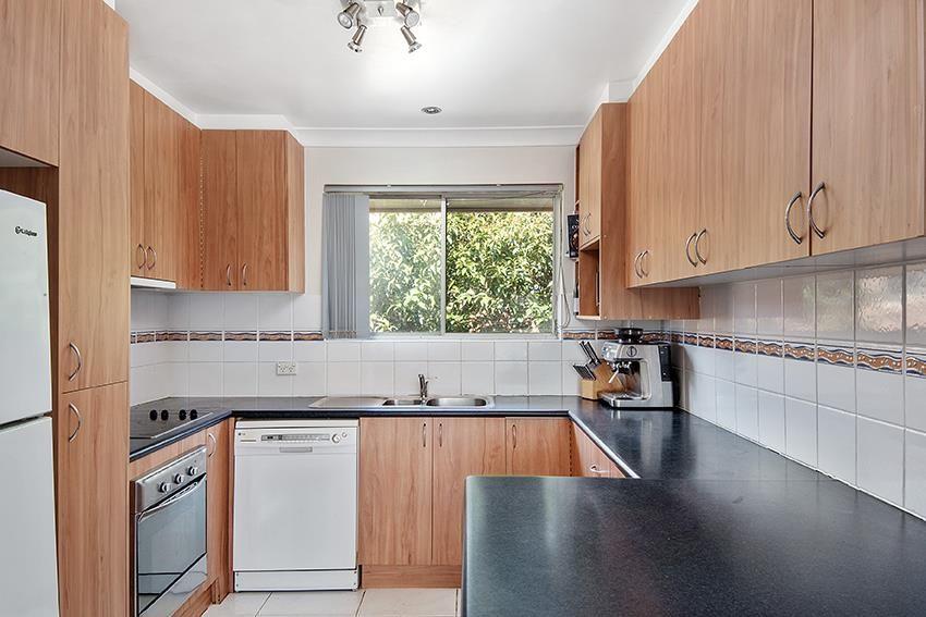 4/7 England Street, West Wollongong NSW 2500, Image 2