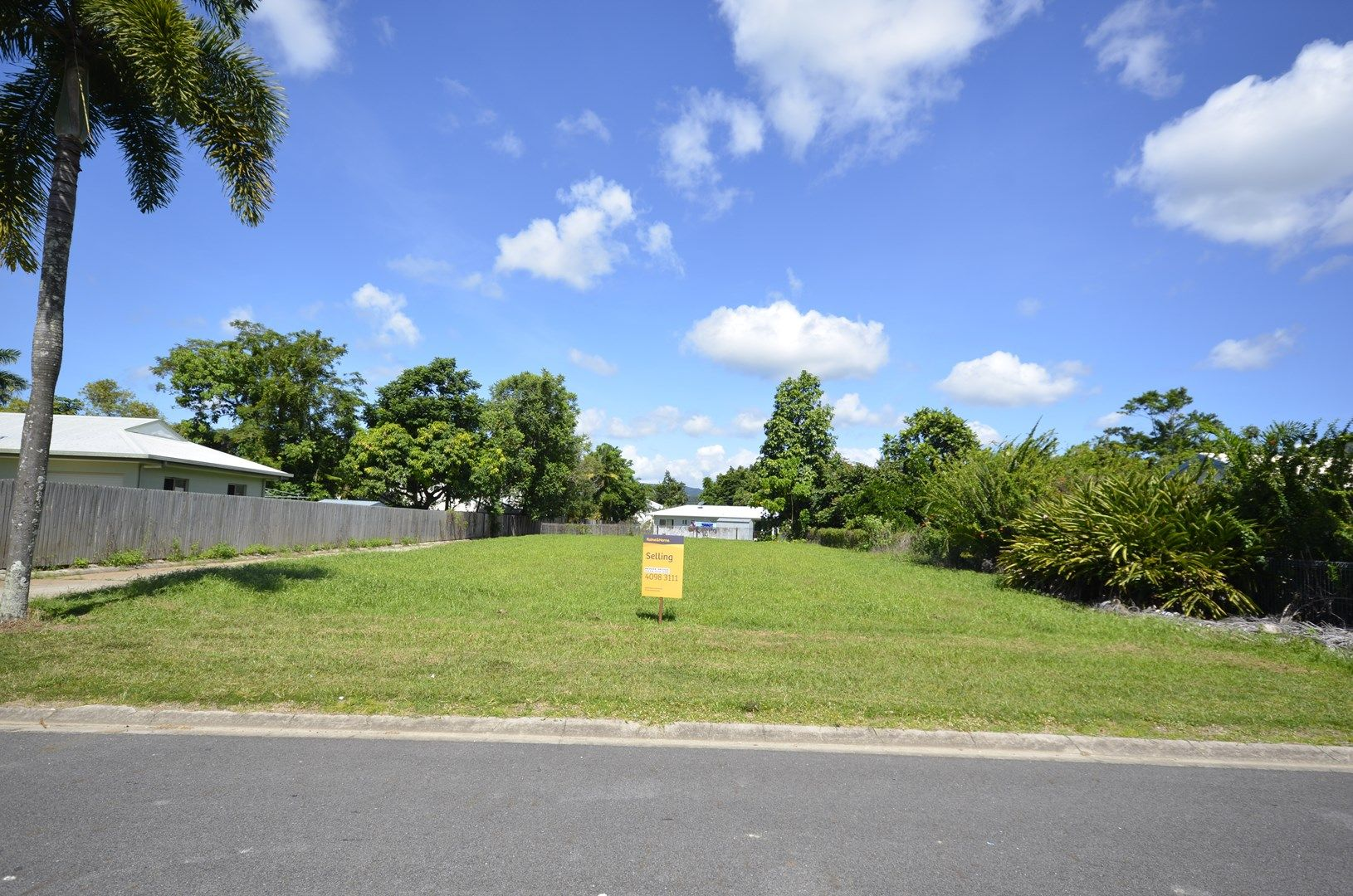26 & 21 Middlemiss Street, Mossman QLD 4873, Image 0
