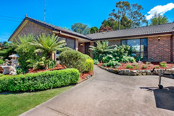 23 Cook Rd, Wentworth Falls NSW 2782, Image 0