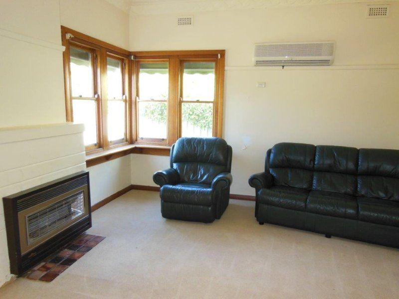 90 Forest Street, Castlemaine VIC 3450, Image 2