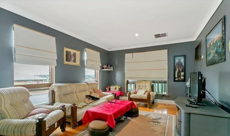 39 Ivy Street, Huntfield Heights SA 5163, Image 2