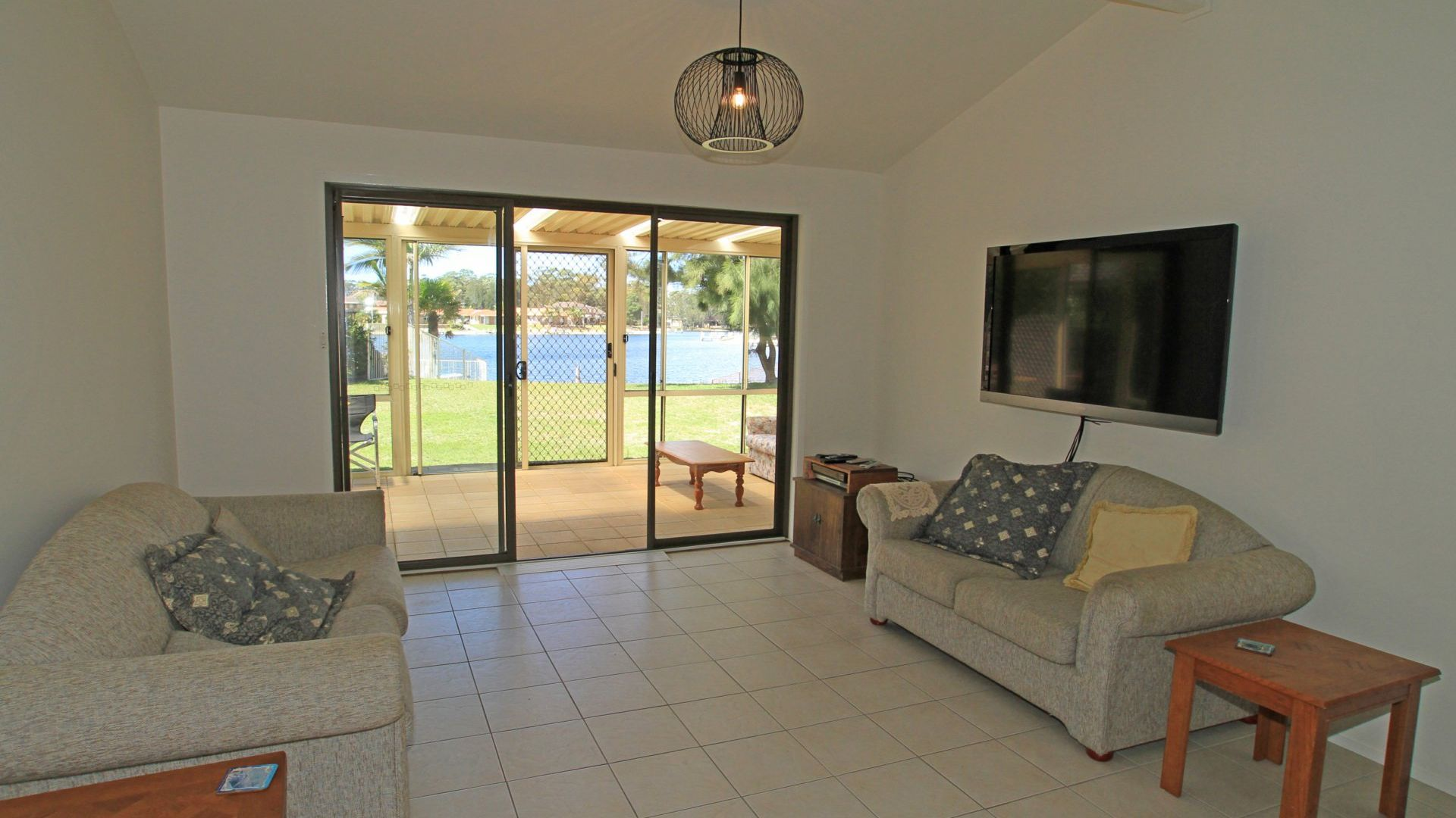 2 Whimbrel Drive, Sussex Inlet NSW 2540, Image 2