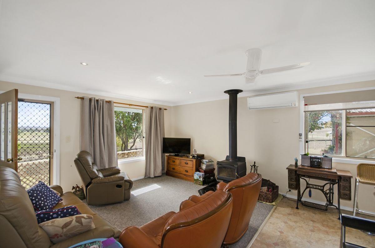 25 Duke Street, Quirindi NSW 2343, Image 2
