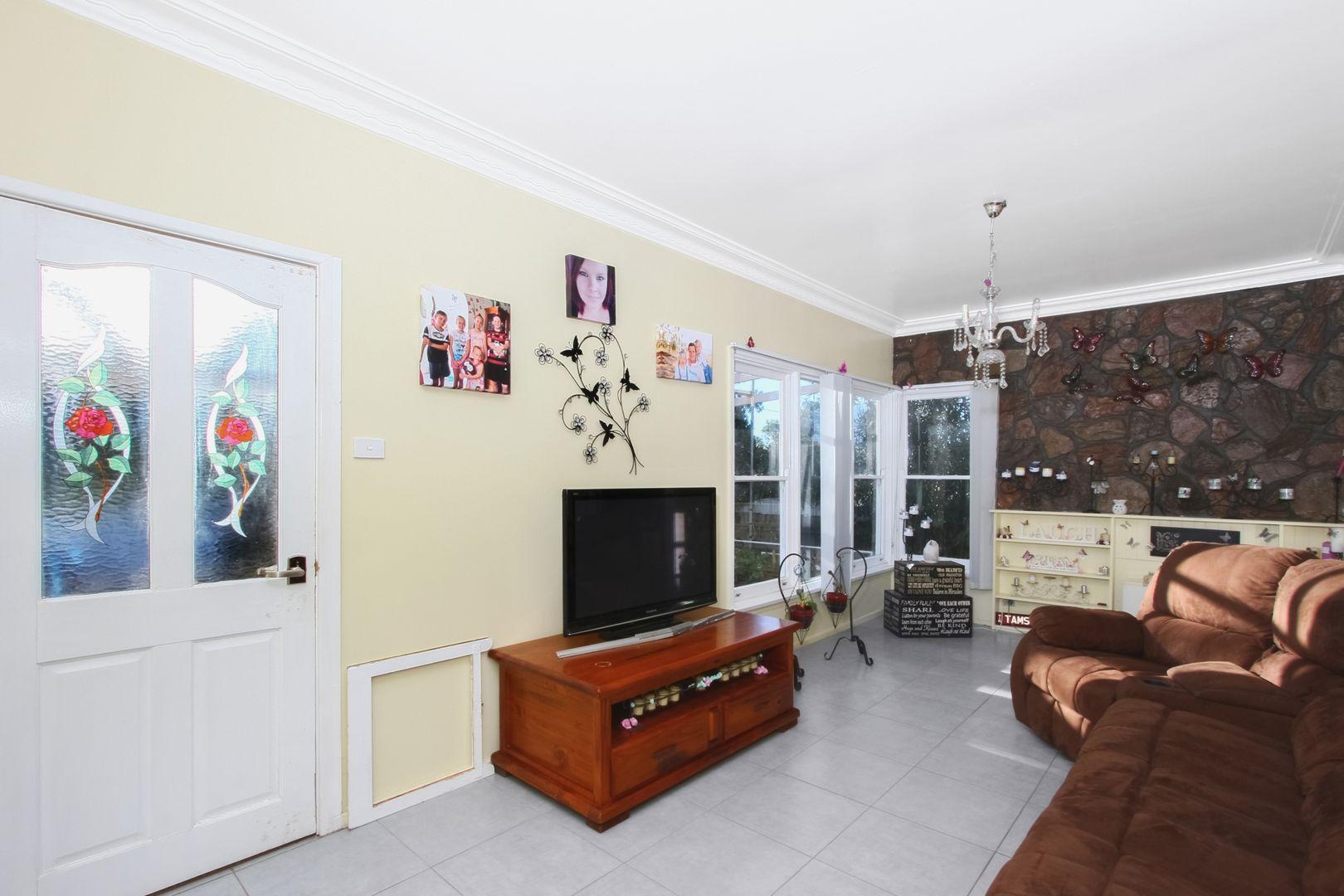 121 George Street, Marulan NSW 2579, Image 1