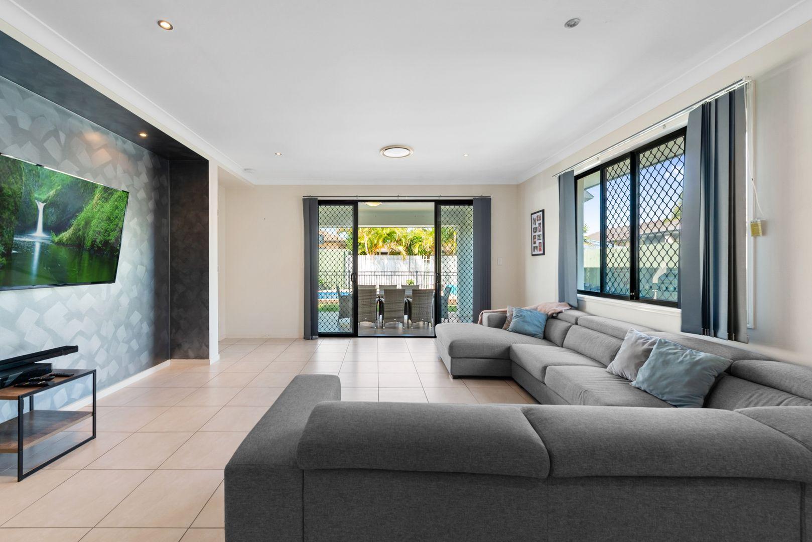 24 Gibbs Street, North Lakes QLD 4509, Image 2