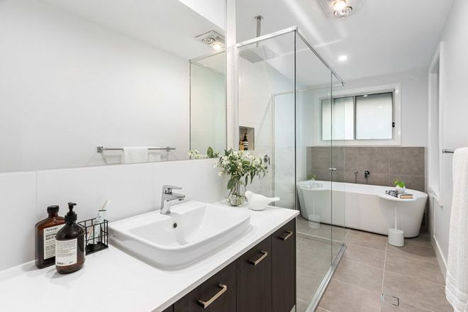 Picture of 34a Hinemoa Ave, NORMANHURST NSW 2076