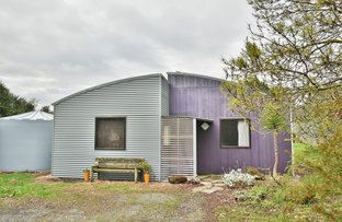 Picture of 8 McPhee Street North, Buffalo VIC 3958
