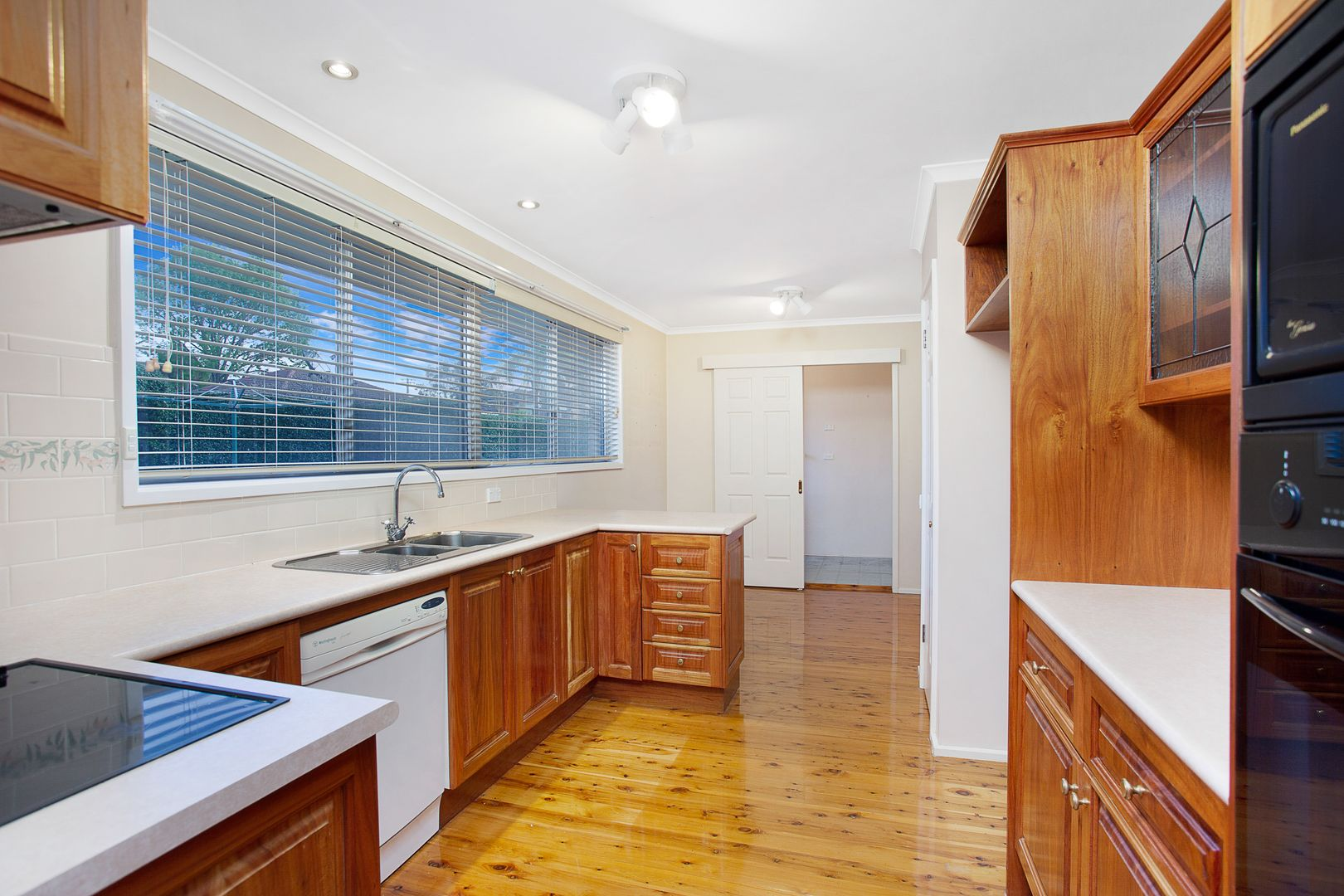 6 Baulkham Hills Road, Baulkham Hills NSW 2153, Image 2