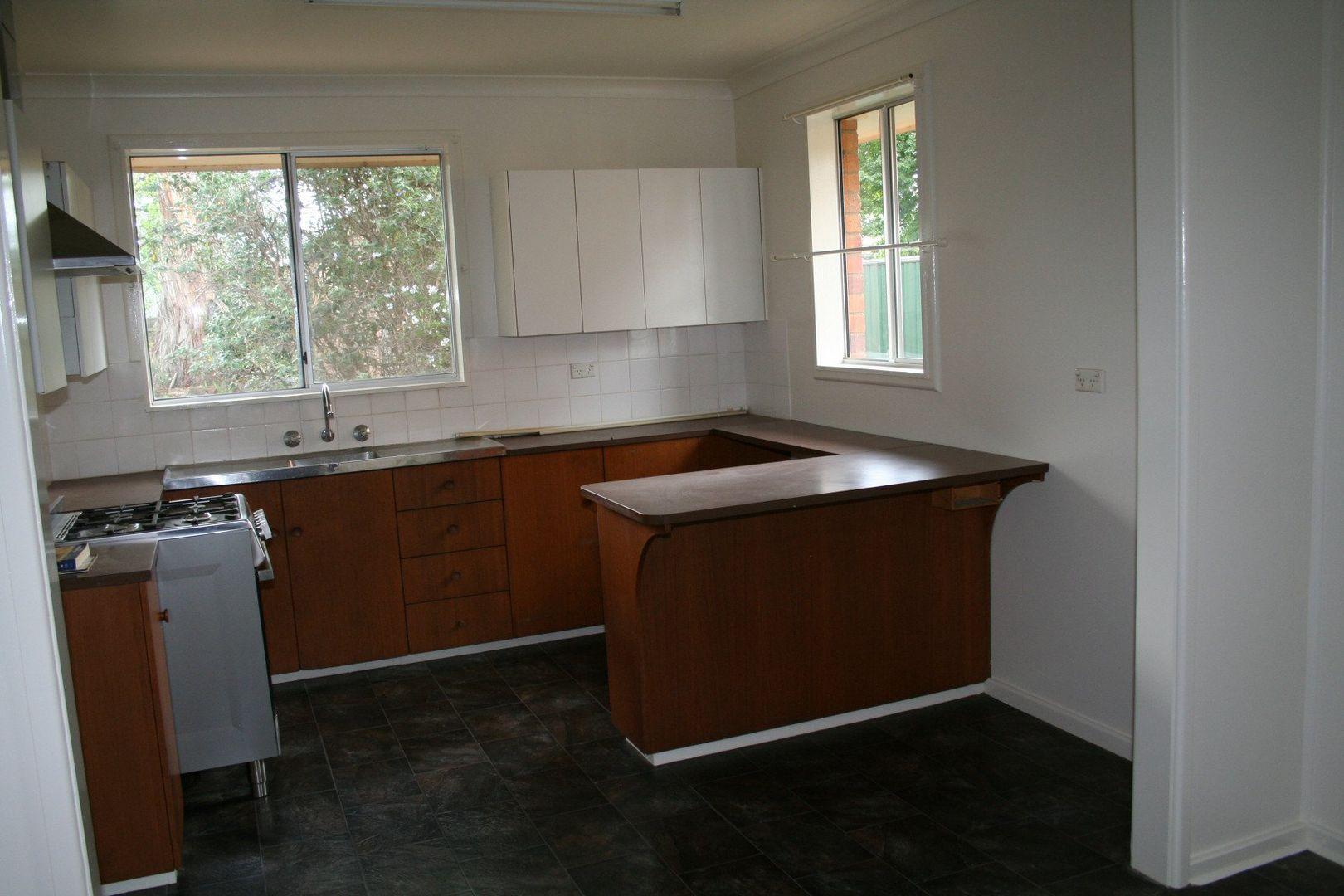 9 Robinson Avenue, Glen Innes NSW 2370, Image 1