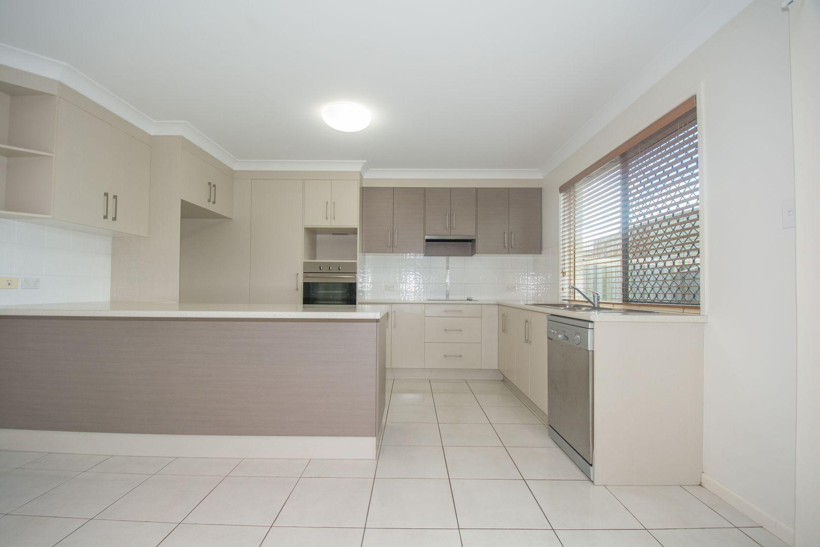 3/10 Curtis Street, Bundaberg South QLD 4670, Image 1