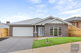 Picture of 40 McLachlan Street, Bacchus Marsh VIC 3340