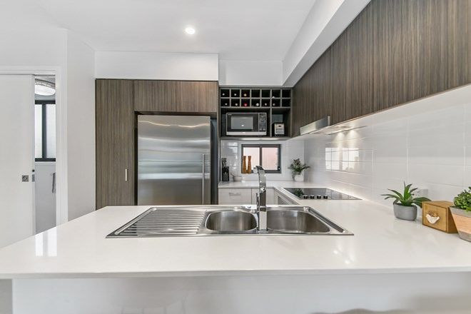 Picture of 3/18 Hedley Avenue, NUNDAH QLD 4012