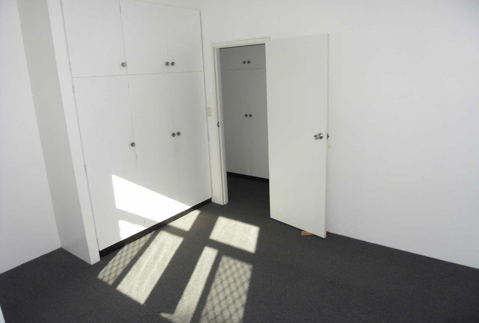 2/182 DORNOCH TCE, Highgate Hill QLD 4101, Image 2