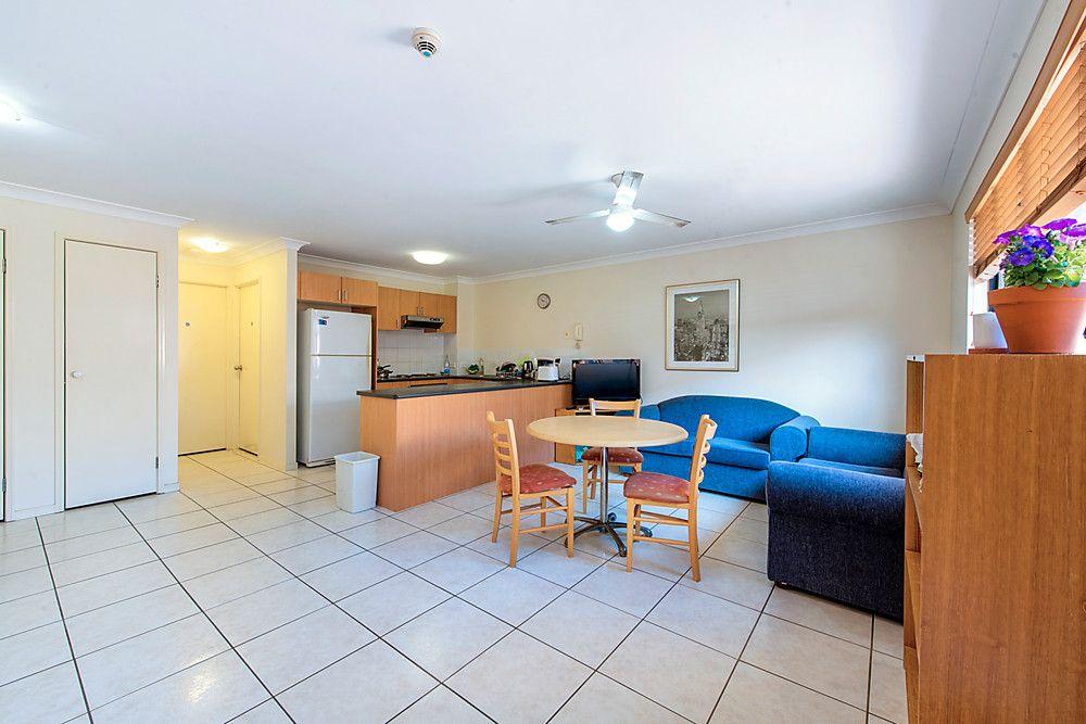 11/13 Tonga Place, Parkwood QLD 4214, Image 2