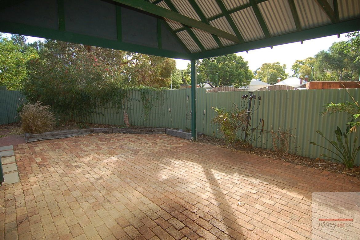 61B East Street, Guildford WA 6055, Image 13