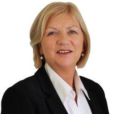 Noeline Ross, Sales representative