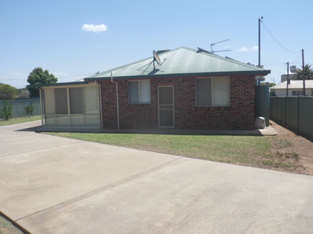 52 Ryall St, Canowindra NSW 2804, Image 1
