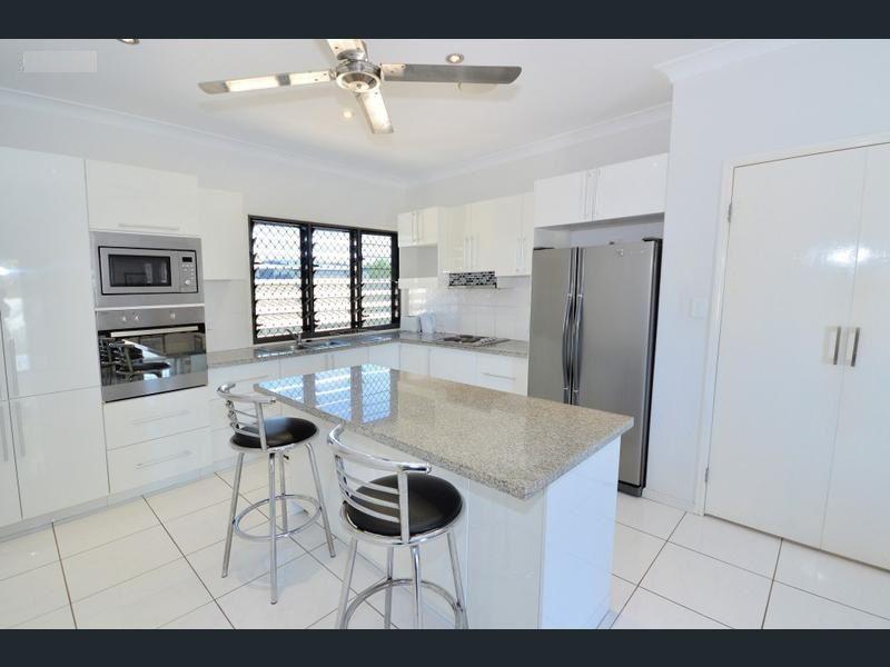 112 Riverview Drive, Burrum Heads QLD 4659, Image 2