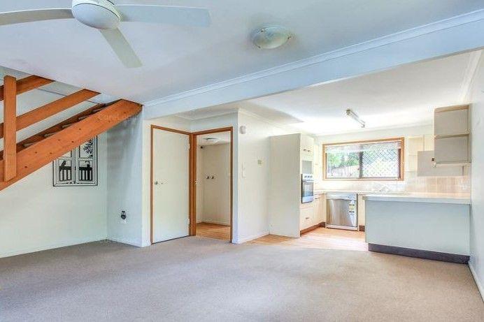 9/4 Amie Court, Springwood QLD 4127, Image 1