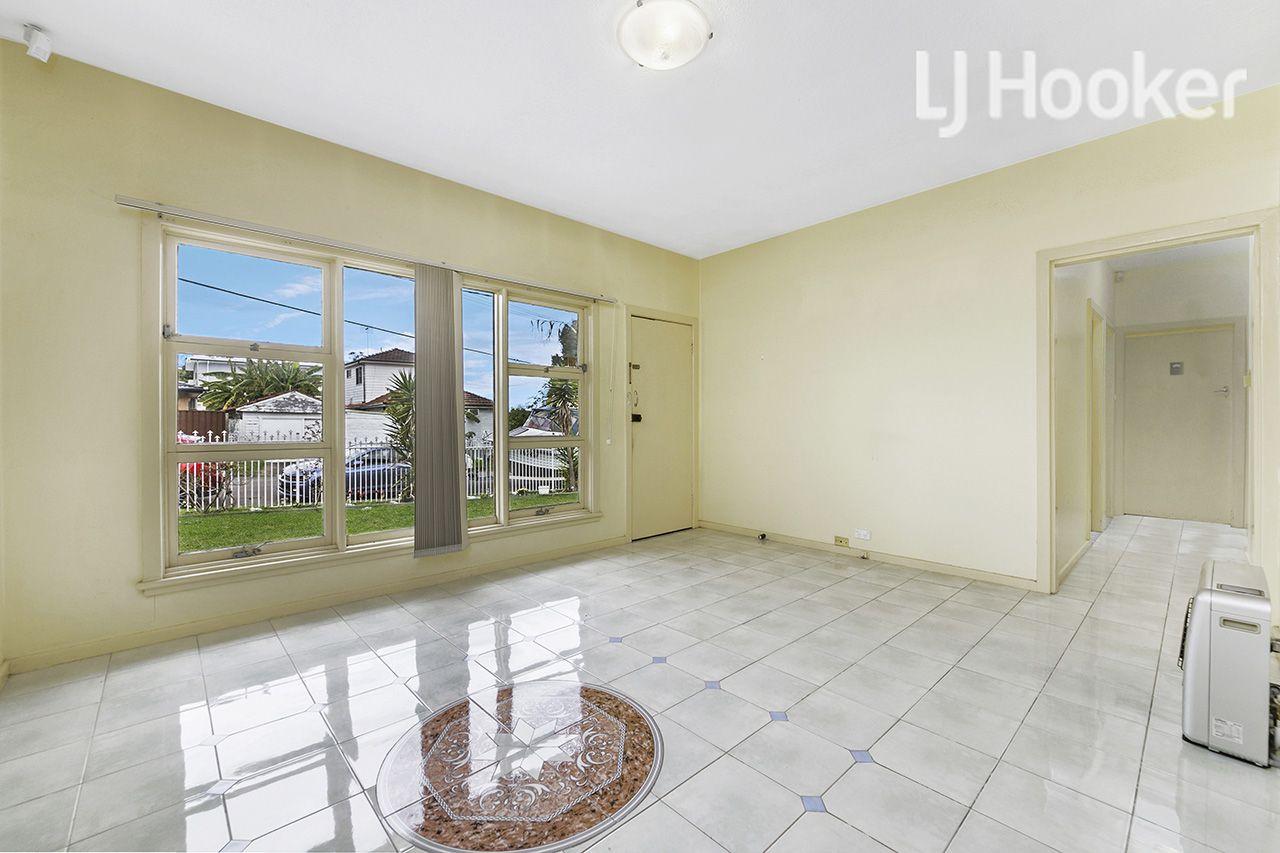 9 Smiths Avenue, Cabramatta NSW 2166, Image 1