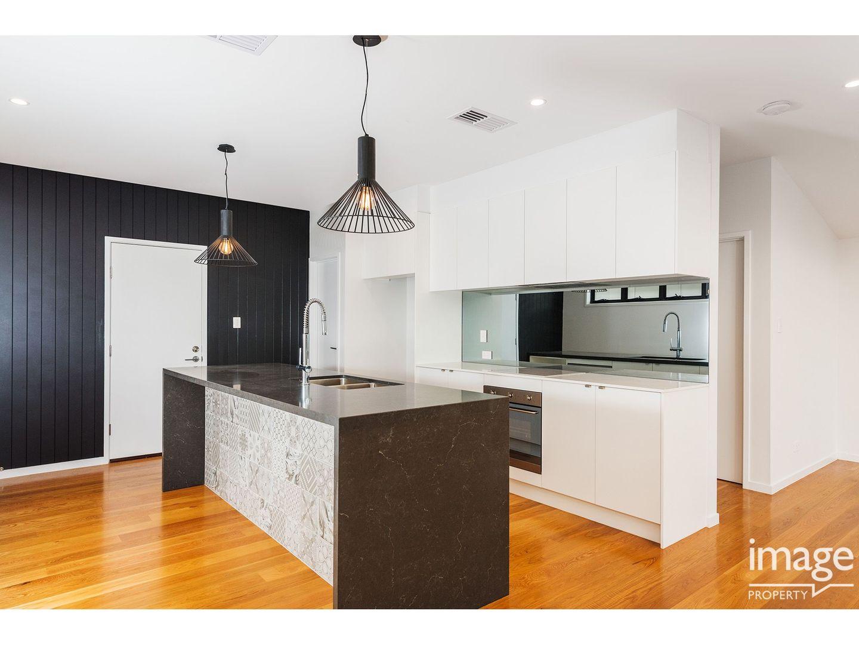 11 Walter Street, Bulimba QLD 4171, Image 2