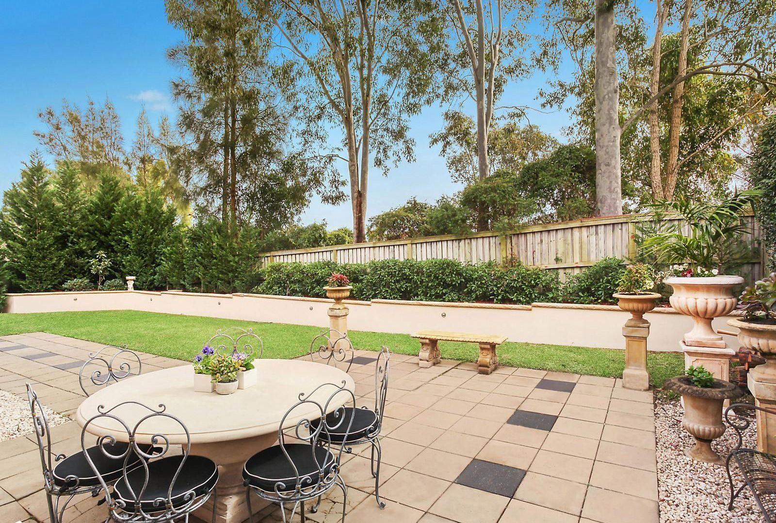 4 Fraser Avenue, Kellyville NSW 2155, Image 2