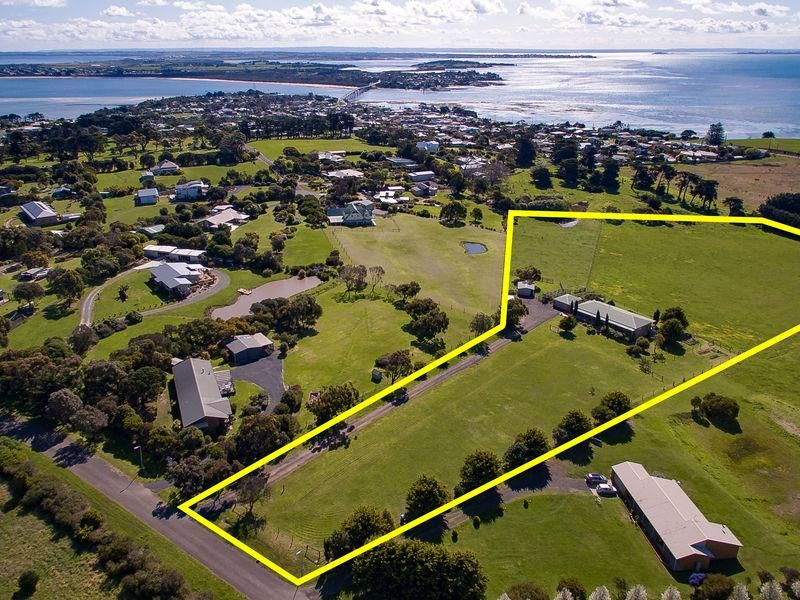 17-19 Small Court, San Remo VIC 3925, Image 0