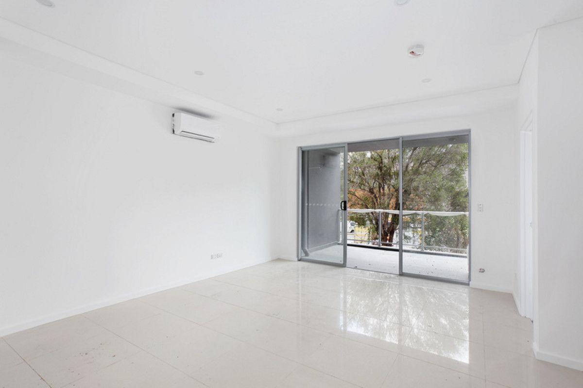 306/11-13 Junia Avenue, Toongabbie NSW 2146, Image 1
