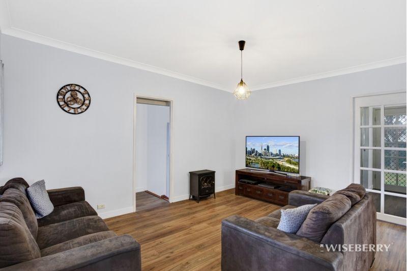 27 Norman Street, Toukley NSW 2263, Image 2