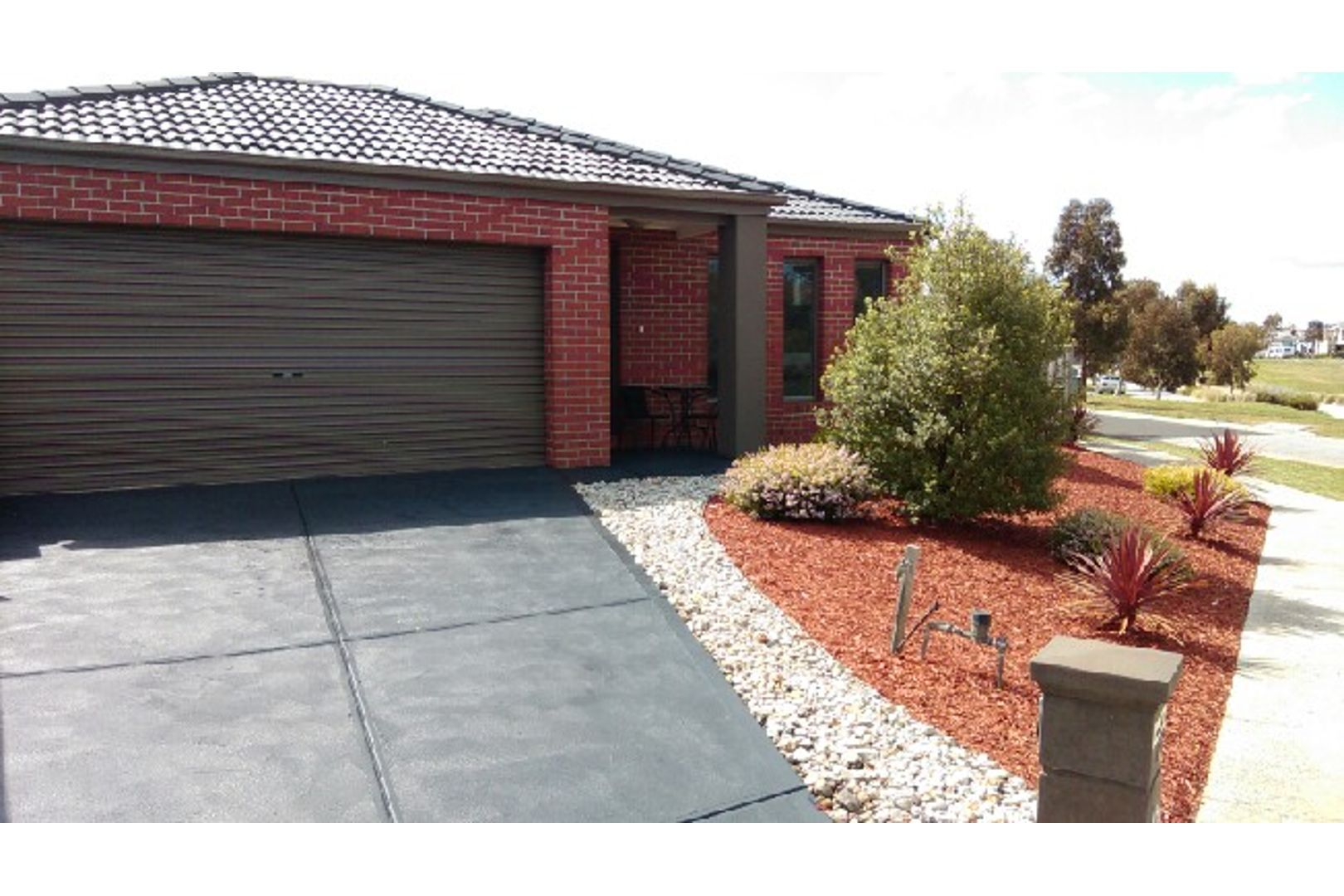 7 Tenax Walk, Manor Lakes VIC 3024, Image 2
