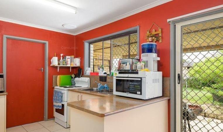 6 Robina Street, Margate QLD 4019, Image 2