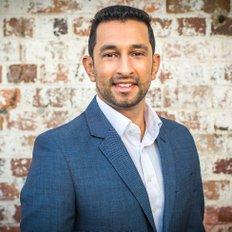 Ali Mohamed, Sales & Marketing Consultant