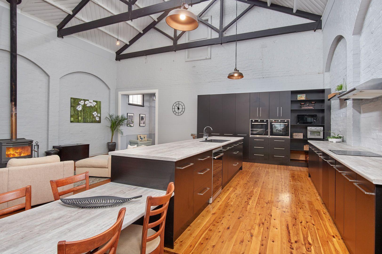23 Seignior Street, Junee NSW 2663, Image 2